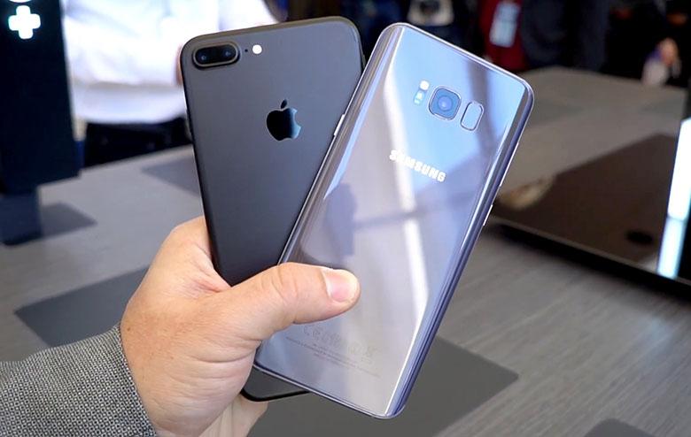 Samsung-Galaxy-S8-vs-iPhone-7-Plus.